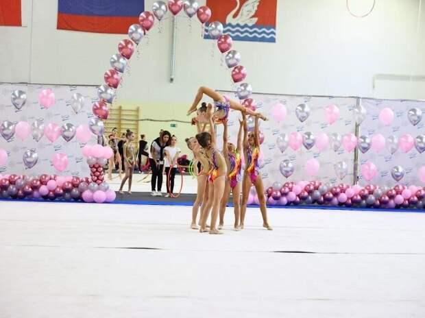 Спортсменки из Южнопортового победили на соревнованиях по художественной гимнастике