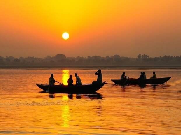 В Индии из Ганга выловили тела 96 человек