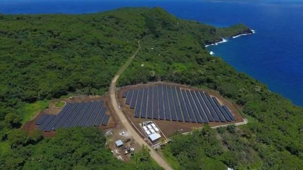 Солнечные панели и хранилища энергии Tesla на острове Тау