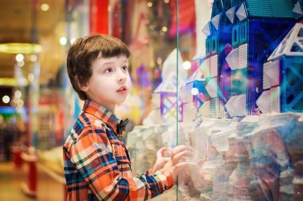 child-2936972_1280-1024x682 Как покупать игрушки вместе с ребёнком