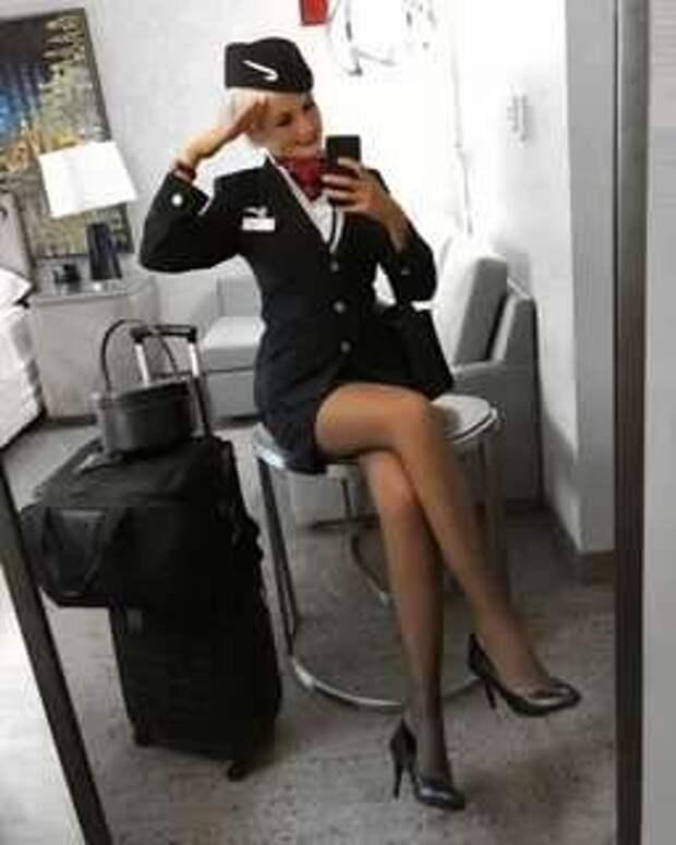 Ножки стюардесс. Подборка chert-poberi-styuardessy-chert-poberi-styuardessy-15320614122020-18 картинка chert-poberi-styuardessy-15320614122020-18