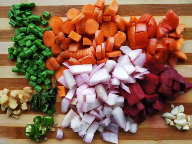 В Удмуртии подорожали картошка и лук, а огурцы с помидорами подешевели