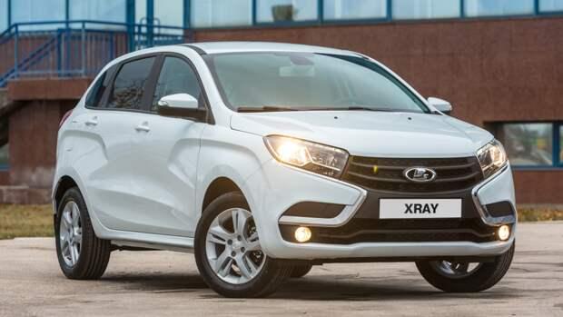 Автолюбителям назвали причину приостановки выпуска некоторых моделей АвтоВАЗа