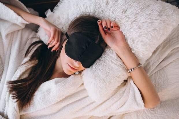 Опасно ли спать на левом боку