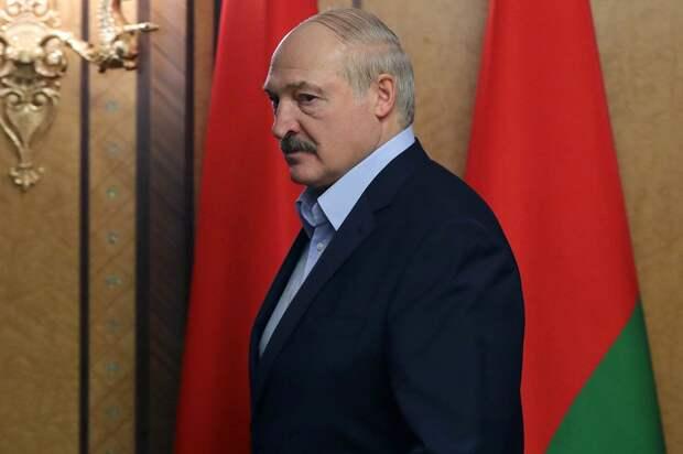Лукашенко от Запада ушел, вывел Беларусь из Восточного партнерства