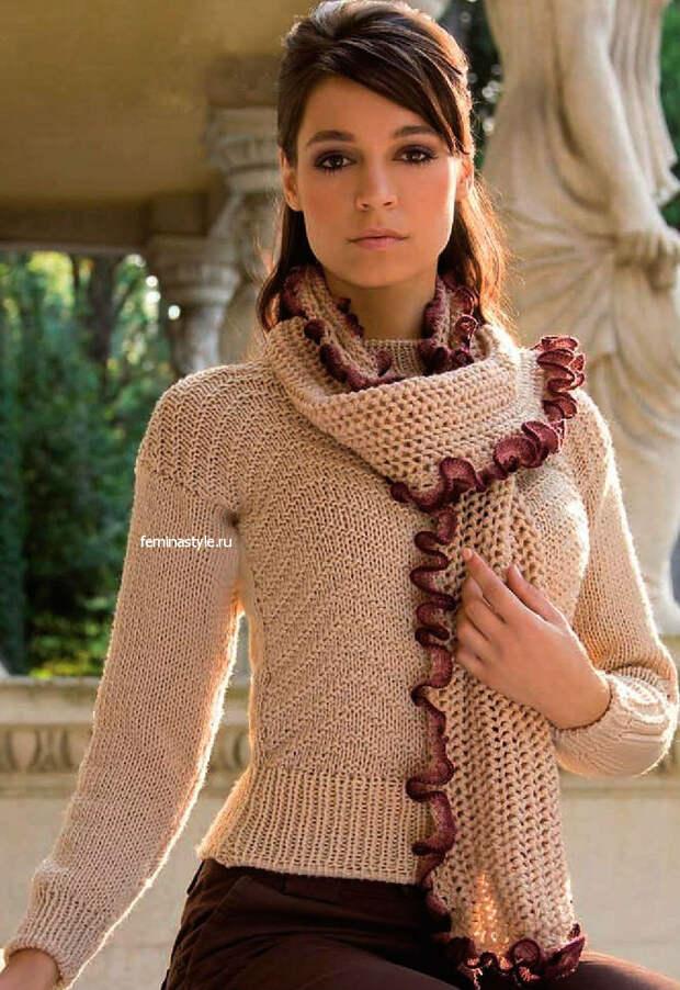 Пуовер и шарф с рюшами спицами