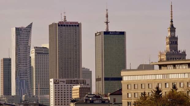 Москва высылает пять сотрудников польского посольства из России
