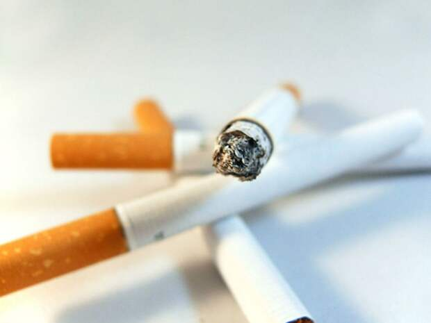 «Убрать из дома все зажигалки»: Мясников назвал лучший способ, как бросить курить