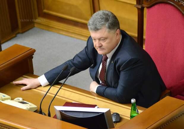 Петр Порошенко попросил Ангелу Меркель усилить санкции против России