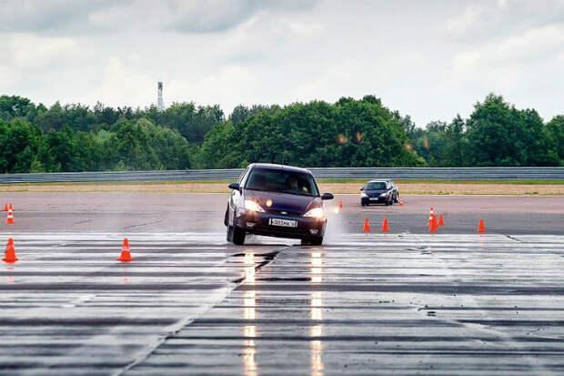 Как тренируют водителей ФСО на закрытом полигоне