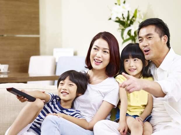 В Китае запретили показывать по ТВ мужчин с женственной внешностью