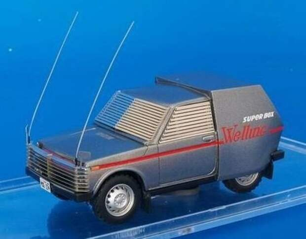 Масштабная модель ВАЗ-2121, которую советские киношники в 1983 году переделали под инкассаторский броневик. Нива серийно производится с 5 апреля 1977 года по настоящее время. авто, автоваз, броневик, ваз 2121, кино, кинотачки, мираж, нива