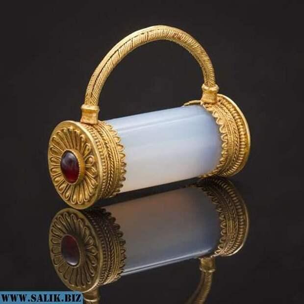 10 загадочных артефактов, найденных в России