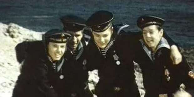 """Мальчики мужчинами стали в бою - """"Юнга Северного флота"""""""