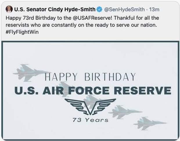 Американский сенатор оконфузился с поздравлением резерва ВВС США