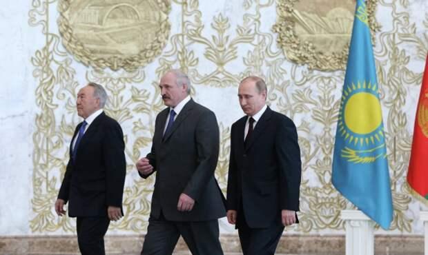 Главы РФ, Белоруссии и Казахстана продолжили обсуждение развития ТС