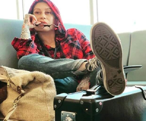 """Наргиз прокомментировала жалобы на ее """"пьяный концерт"""" в Уссурийске"""
