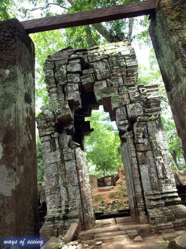 Пирамиды Камбоджи — Prasat Thom (Пирамида смерти).