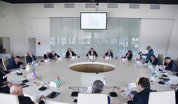Предложения пореализации Послания президента обсудили назаседании совета ЮРПА