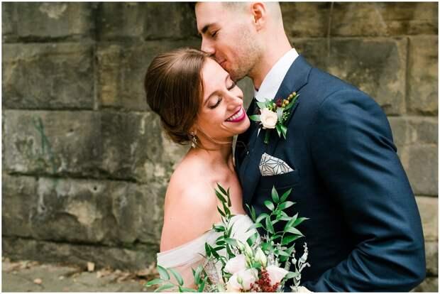 В полной боевой готовности: британка три года готовится к свадьбе, но так и не нашла жениха
