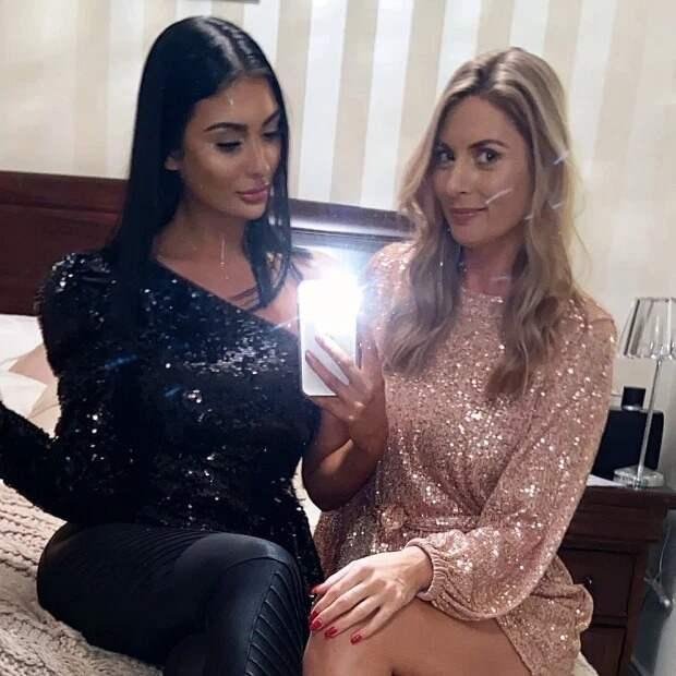 Девочки-припевочки: 40-летнюю мать часто считают сестрой 21-летней дочери