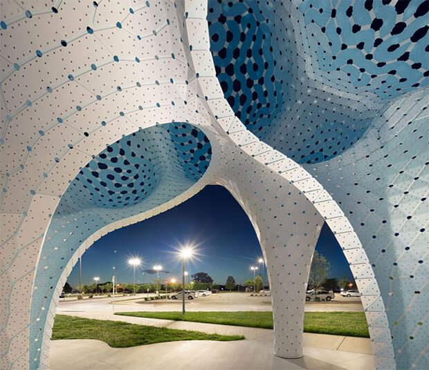 Столпы мечтаний: воздушная шарообразная скульптура из 3564-х частей