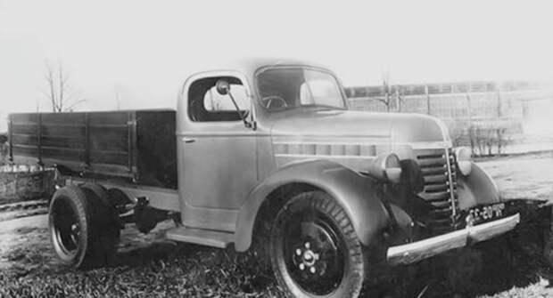 Знаменитый советский грузовик ГАЗ-51. Сколько в нем американского?