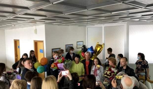 В родном Орске встретили паралимпийскую чемпионку Викторию Ищиулову