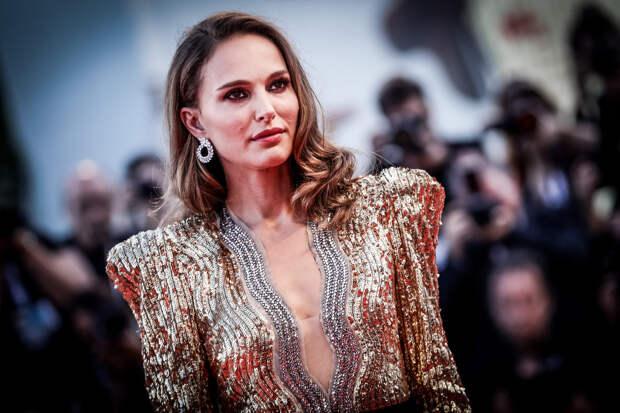 Натали Портман призналась, что ранняя карьера негативно повлияла на её сексуальное развитие