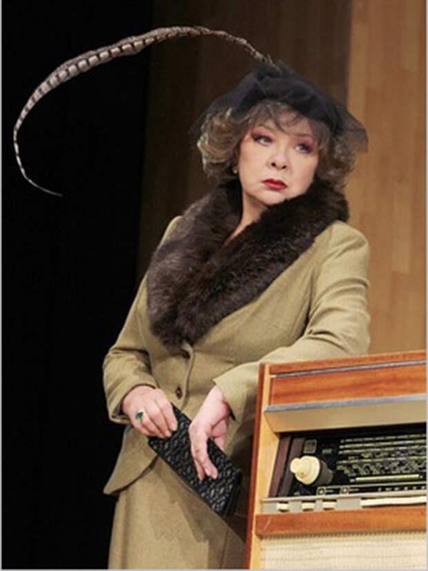 Наталья Тенякова на сцене. Фото: 24smi.org