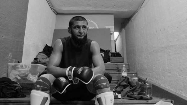 Боец MMA Чимаев показал видео спарринга с Кадыровым в Грозном