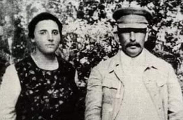 Смерь Надежды Аллилуевой: что случилось женой Сталина
