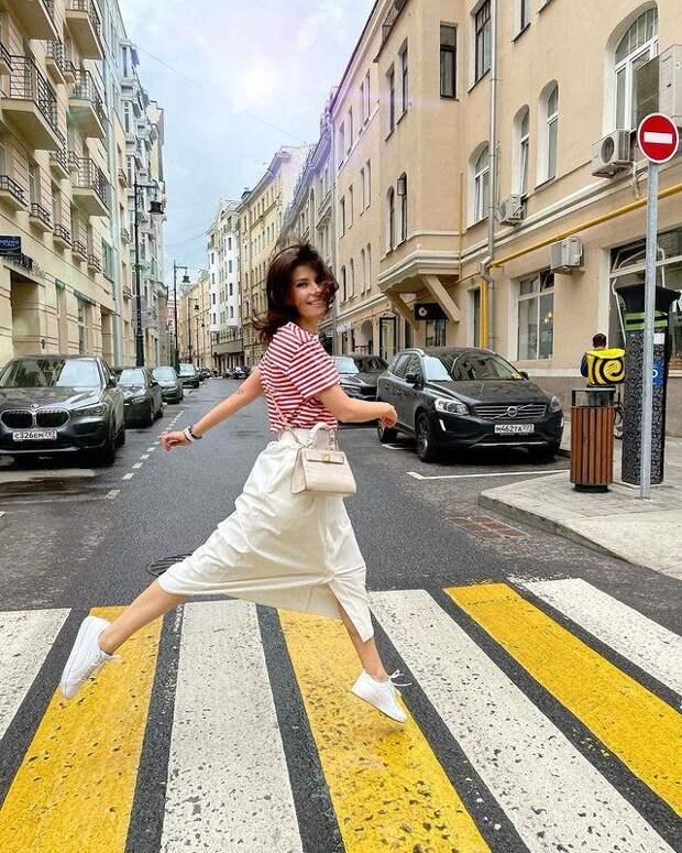 Екатерина Волкова пожаловалась на велосипедистов и самокатчиков, носящихся по дорогам