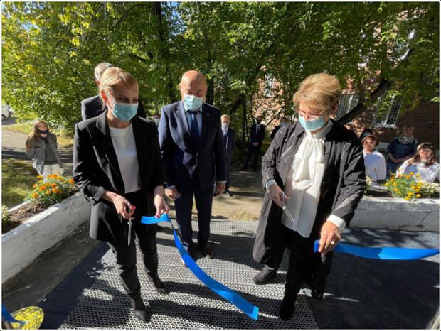 Лаборатория ПЦР-диагностики СOVID-19 открылась в Ангарске