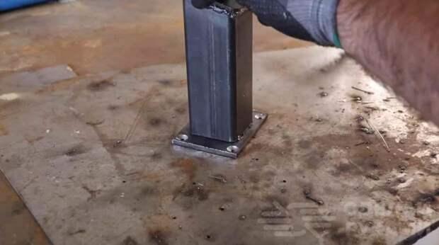 Как сделать настольный вертикальный зажим