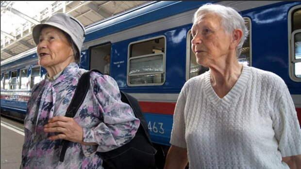 В Петербурге для пенсионеров вводится круглогодичный бесплатный проезд на электричках