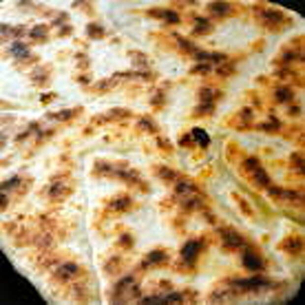 "Лепешки на любой вкус. Индийские лепешки ""Наан с сыром"" (Cheese naan)"