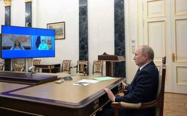 Путин поручил Голиковой и Поповой лично докладывать ему о ситуации с COVID