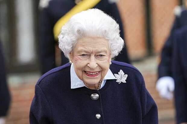 Королева Англии написала письмо школьникам из Крыма