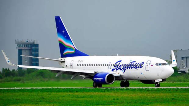 Совершивший посадку в Симферополе самолет должен вылететь в Москву до полуночи
