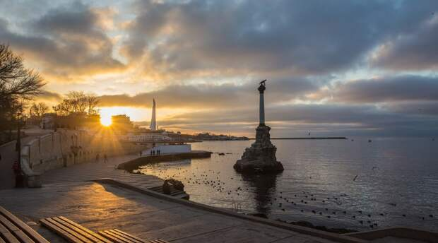 В Крыму высмеяли план Украины по строительству дамбы для того, чтобы оставить полуостров без воды