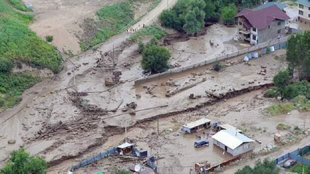Минимум 200 жителей Турции пропали в результате потопа