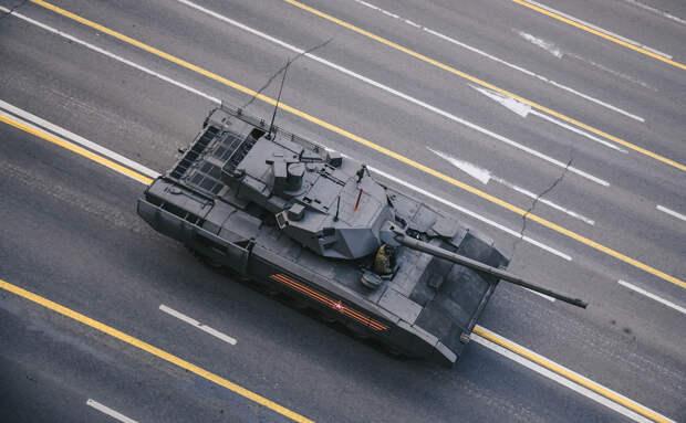 Разработчик уточнил сроки поставок танков «Армата» в армию