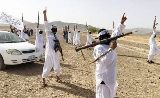 На фото: сторонники группировки «Талибан»*( признано террористической организацией и запрещено в РФ)