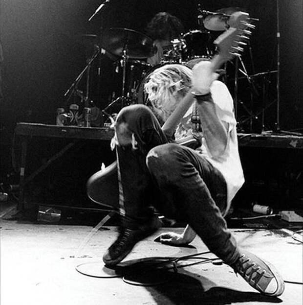 Становление группы Nirvana в ранее не публиковавшихся фотографиях