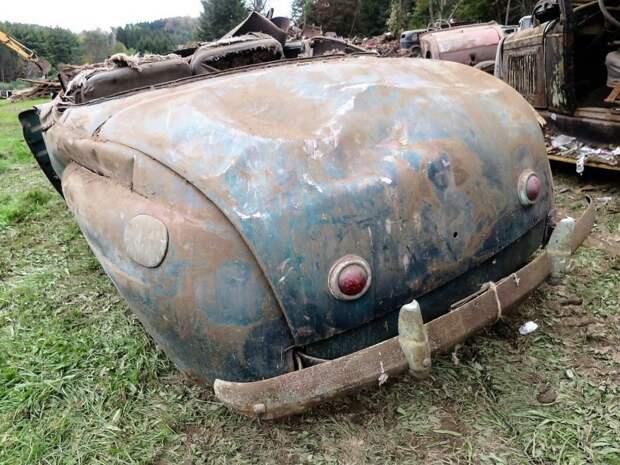 Еще один редкий автомобиль пенсильванского гаража. Это кабриолет Mercury 1941 года. авто, джанкярд, коллекция, коллекция автомобилей, олдтаймер, ретро авто, свалка автомобилей