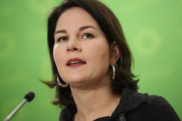 Кандидат в канцлеры намерена заставить немцев доносить друг на друга