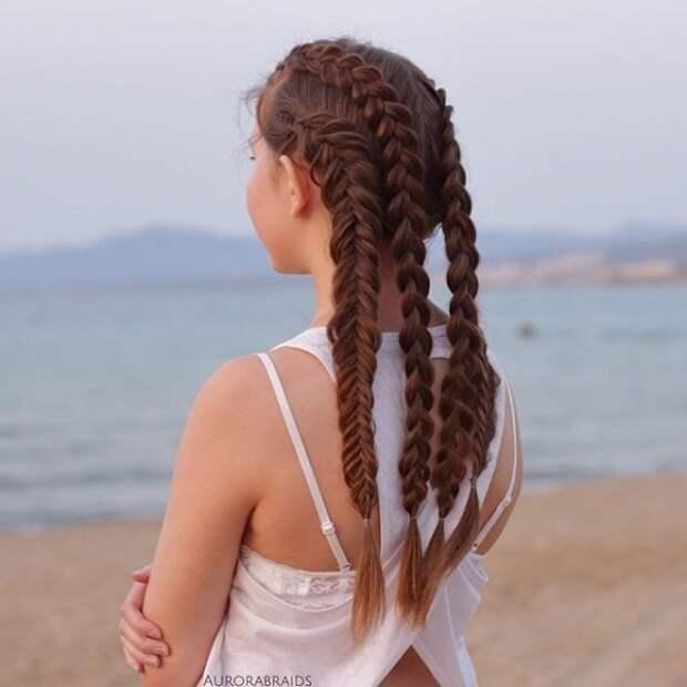 7.  косы, сестры