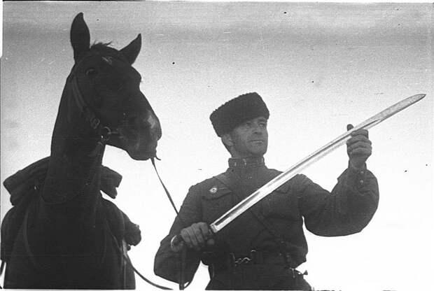 Скоро в бой. СССР, война, история