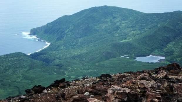 Захватническая доктрина отдаляет японцев от Курильских островов
